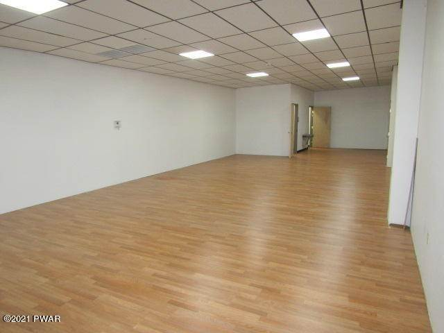 19. Commercial for Sale at 1079 Texas Palmyra Hwy Honesdale, Pennsylvania 18431 United States