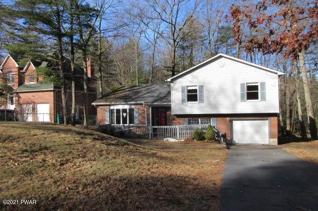 Single Family Homes for Sale at 146 Doe Dr Dingmans Ferry, Pennsylvania 18328 United States