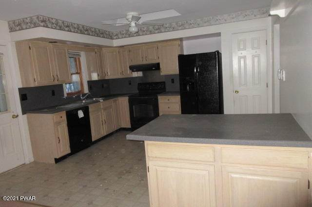 13. Single Family Homes for Sale at 146 Doe Dr Dingmans Ferry, Pennsylvania 18328 United States