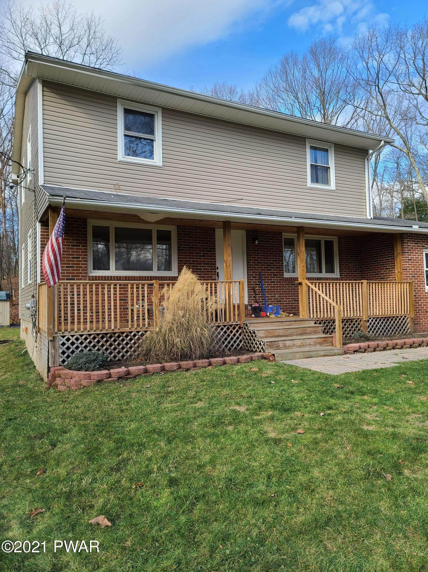 Single Family Homes for Sale at 320 Gold Key Rd Milford, Pennsylvania 18337 United States