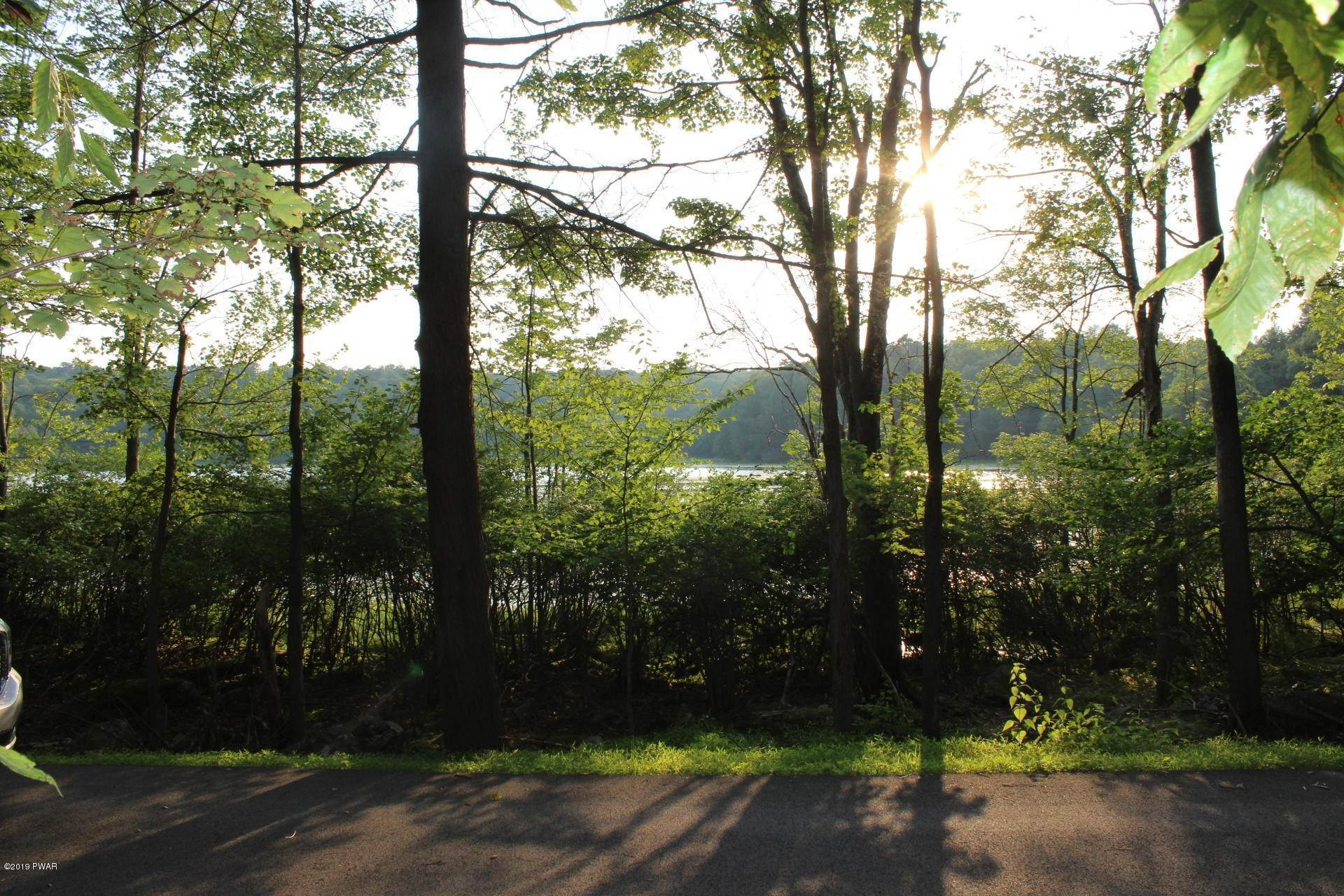 Land for Sale at 22 Hillberry Ln Lake Ariel, Pennsylvania 18436 United States