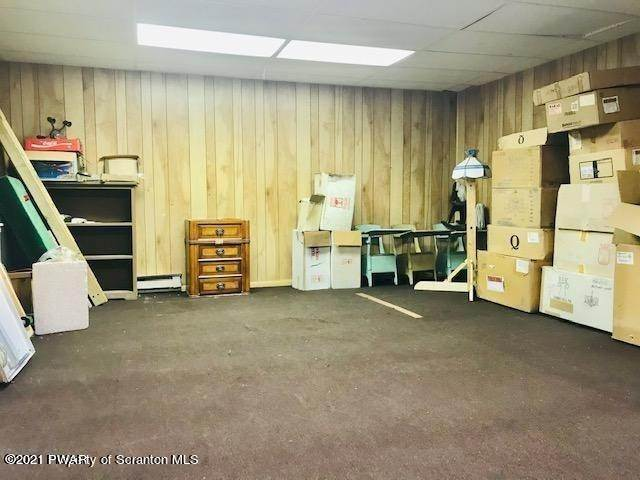 18. Commercial for Sale at 28 8th Ave Carbondale, Pennsylvania 18407 United States
