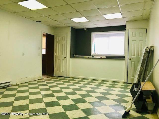 19. Commercial for Sale at 28 8th Ave Carbondale, Pennsylvania 18407 United States