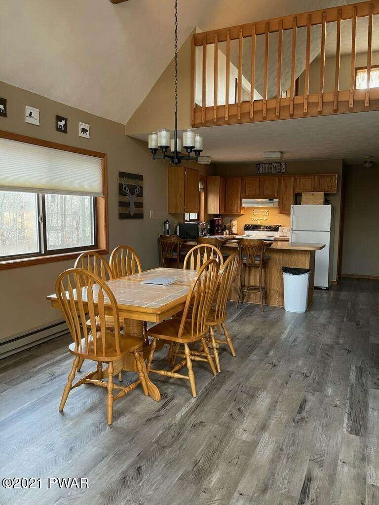 11. Single Family Homes for Sale at 436 Maxatawny Dr Pocono Lake, Pennsylvania 18347 United States