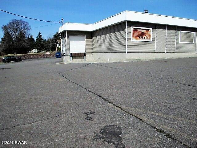 8. Commercial for Sale at 209 Mount Cobb Hwy Lake Ariel, Pennsylvania 18436 United States