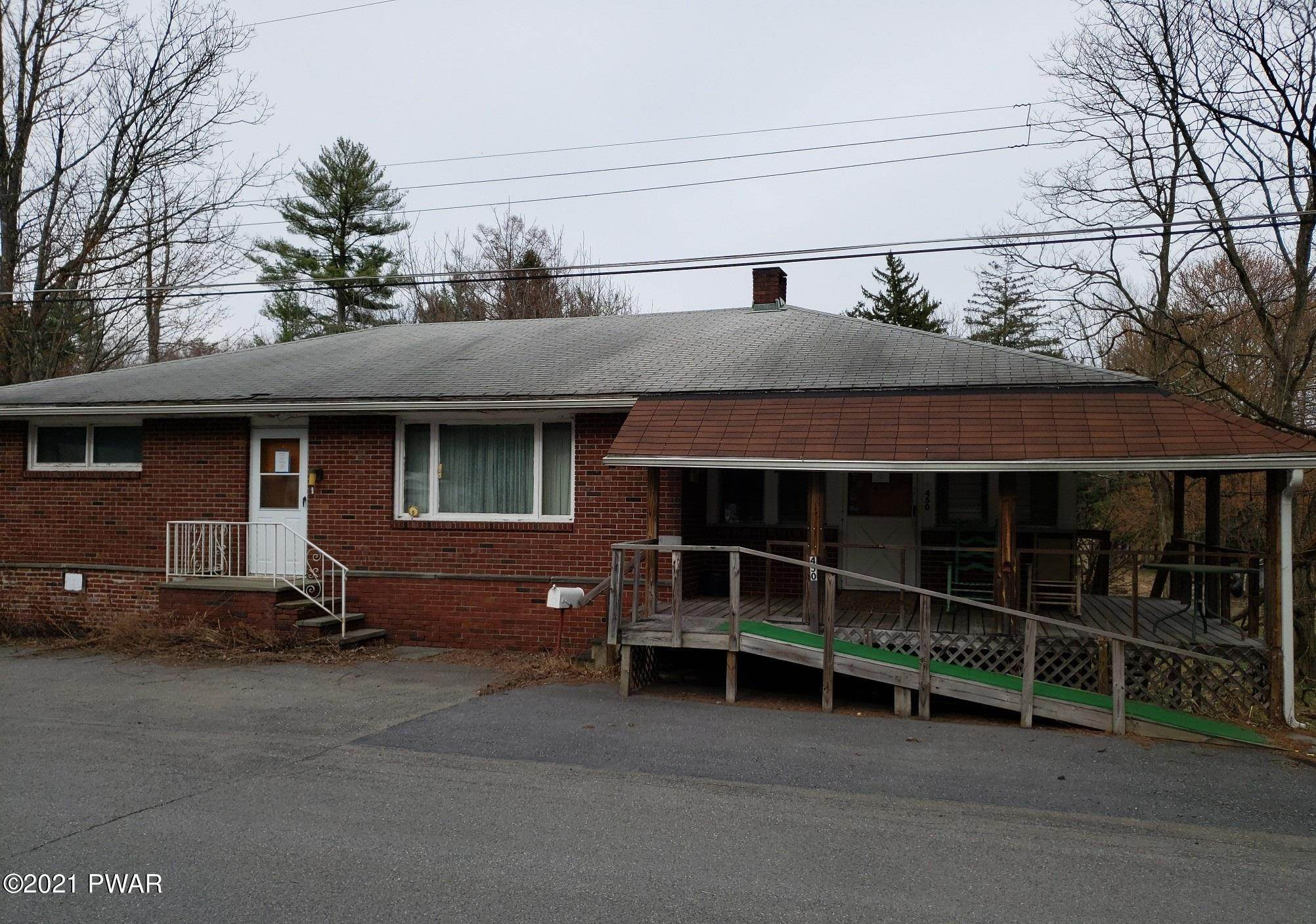 41. Single Family Homes for Sale at 450 Farm St East Stroudsburg, Pennsylvania 18301 United States