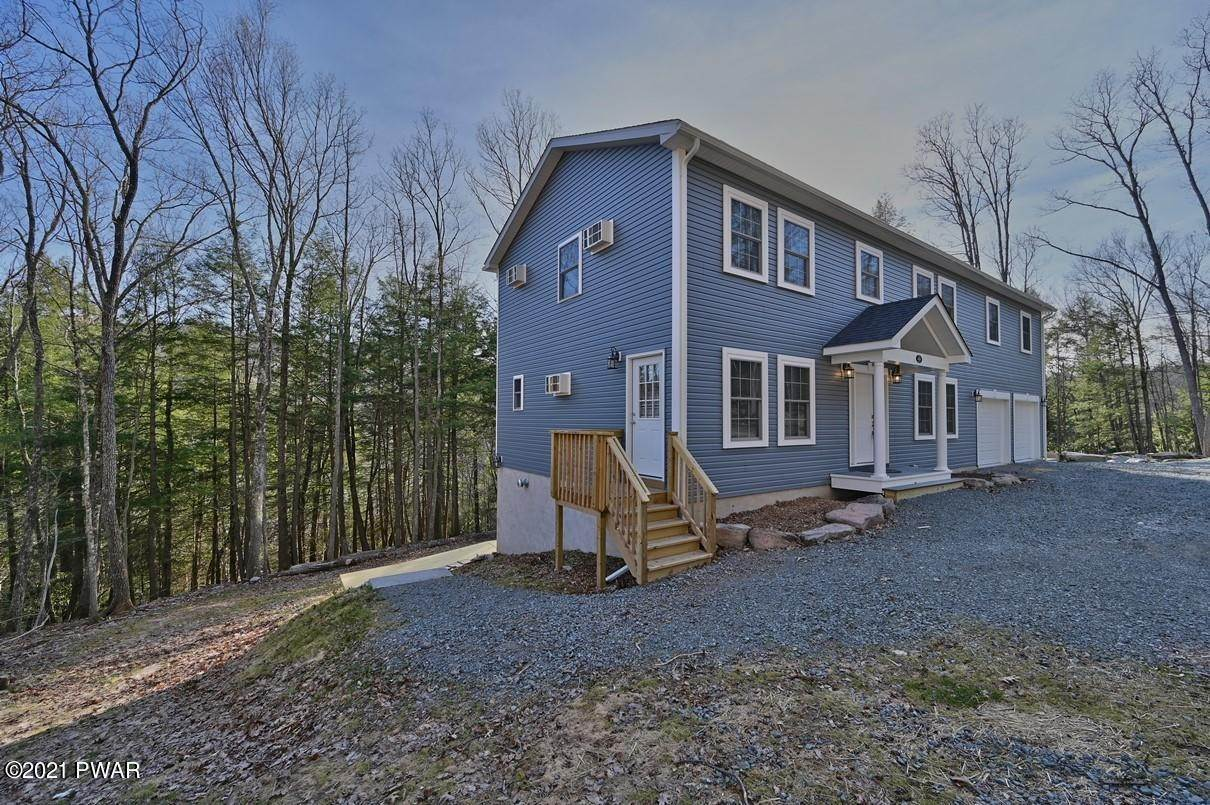 95. Single Family Homes for Sale at 426 Plank Rd Beach Lake, Pennsylvania 18405 United States