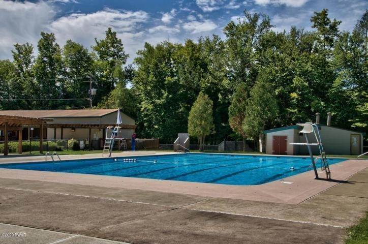 33. Single Family Homes for Sale at 289 Chestnut Hill Dr Lake Ariel, Pennsylvania 18436 United States