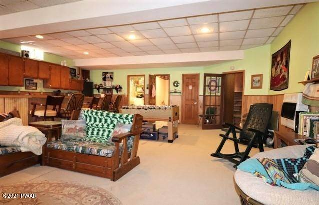 36. Single Family Homes for Sale at 146 Powderhorn Dr Lackawaxen, Pennsylvania 18435 United States