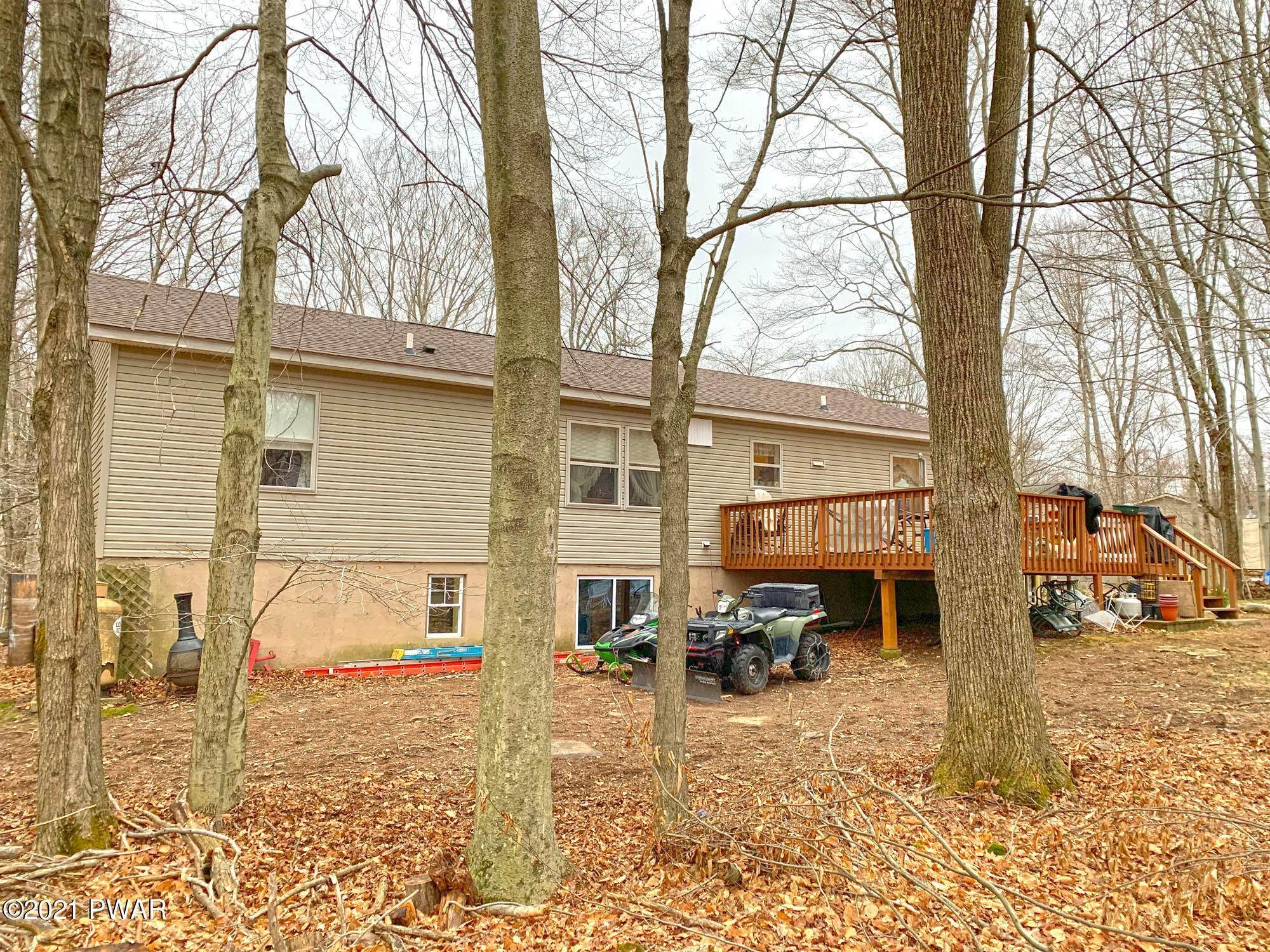 44. Single Family Homes for Sale at 217 Boulder Rd Lake Ariel, Pennsylvania 18436 United States