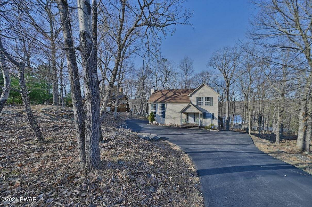 Property for Sale at 111 Overlook Ct Lackawaxen, Pennsylvania 18435 United States