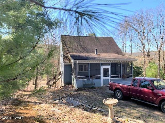 Single Family Homes for Sale at 117 Laurel Valley Ct Shohola, Pennsylvania 18458 United States