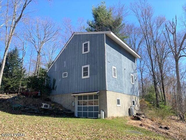3. Single Family Homes for Sale at 117 Laurel Valley Ct Shohola, Pennsylvania 18458 United States