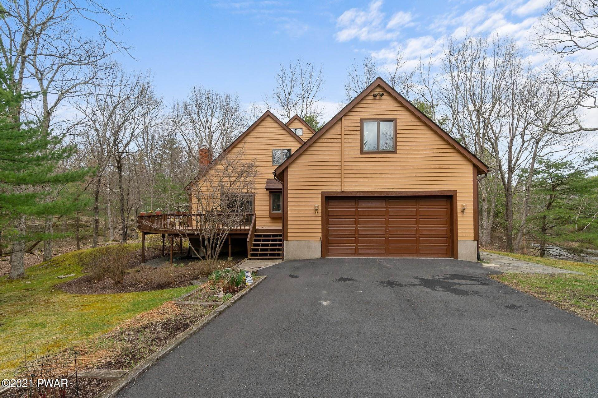 58. Single Family Homes for Sale at 103 Vesuvius Ln Milford, Pennsylvania 18337 United States