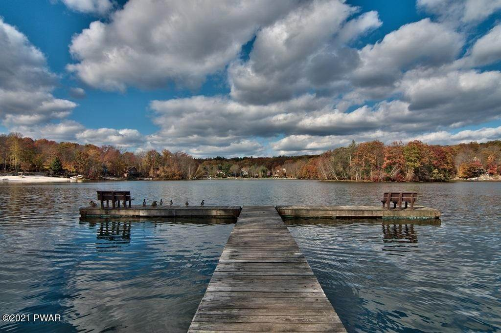 55. Single Family Homes for Sale at 1128 Indian Dr Lake Ariel, Pennsylvania 18436 United States