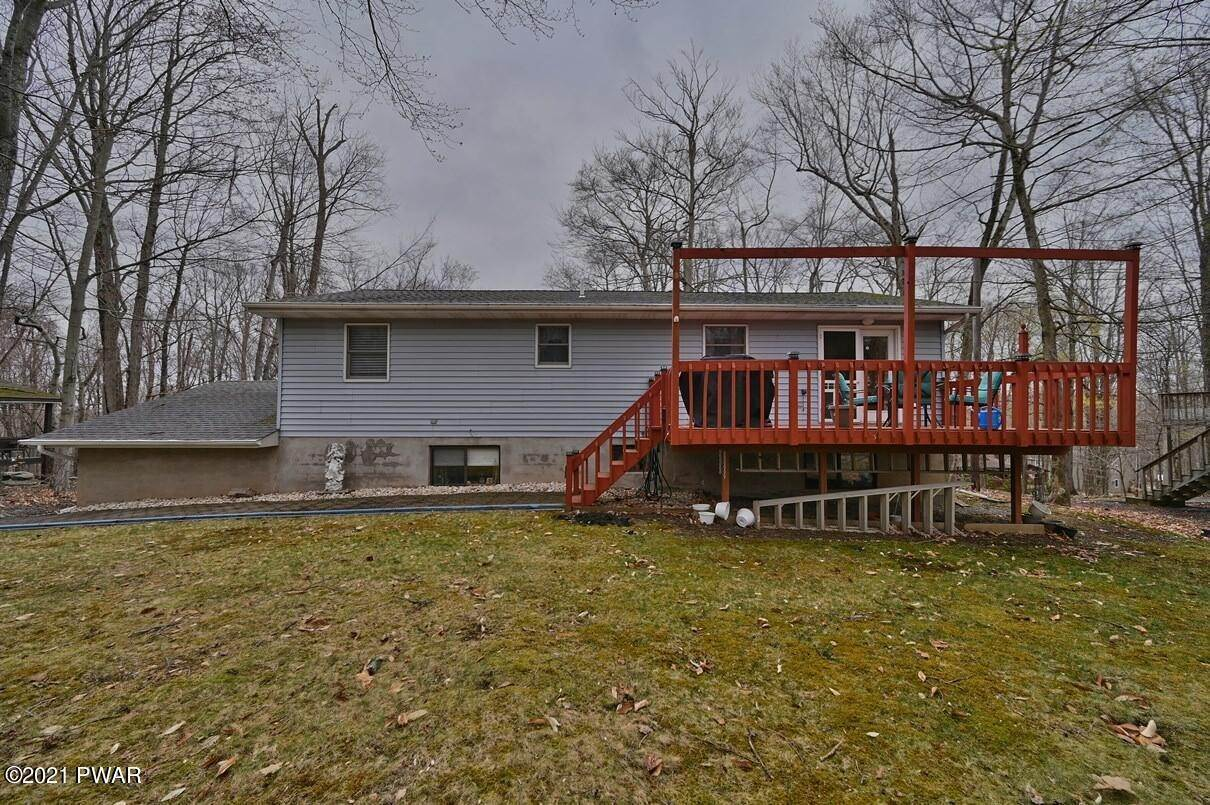 51. Single Family Homes for Sale at 1128 Indian Dr Lake Ariel, Pennsylvania 18436 United States
