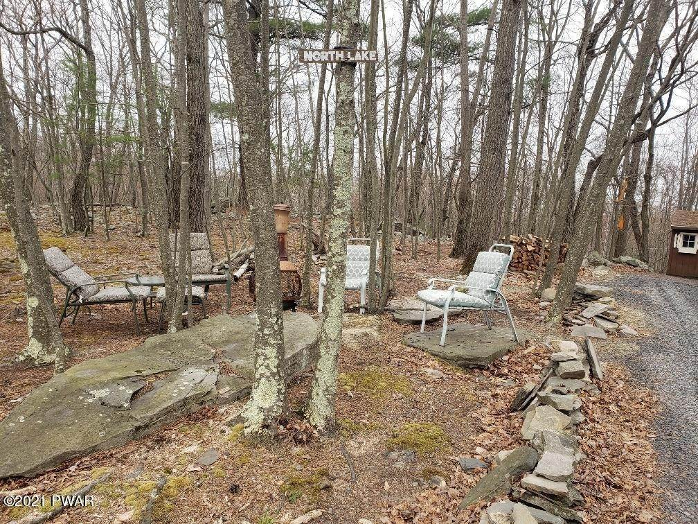 29. Single Family Homes for Sale at 122 Private Dr Dingmans Ferry, Pennsylvania 18328 United States