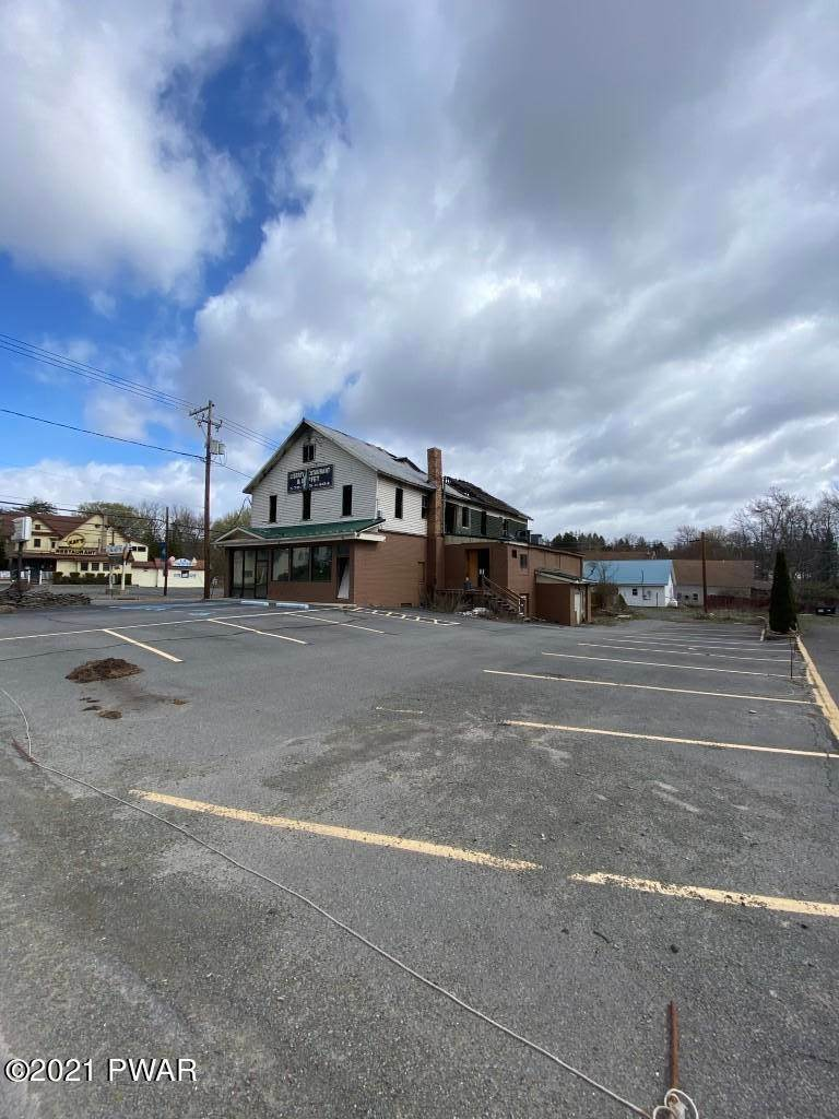 6. Commercial for Sale at 1410 Lake Ariel Hwy Lake Ariel, Pennsylvania 18436 United States