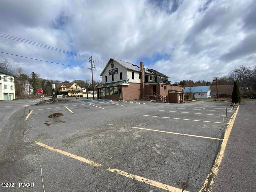 7. Commercial for Sale at 1410 Lake Ariel Hwy Lake Ariel, Pennsylvania 18436 United States
