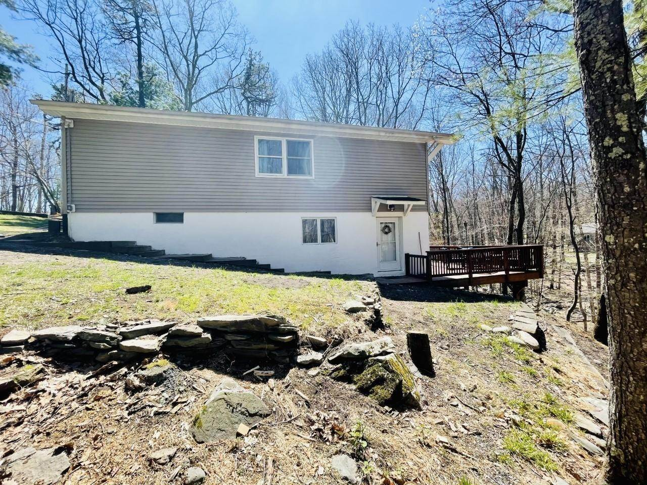 Single Family Homes for Sale at 115 Stafford Ct Milford, Pennsylvania 18337 United States