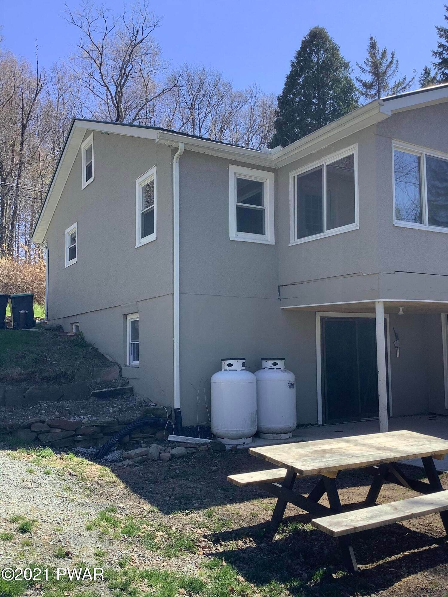 2. Single Family Homes for Sale at 844 Terrace St Honesdale, Pennsylvania 18431 United States