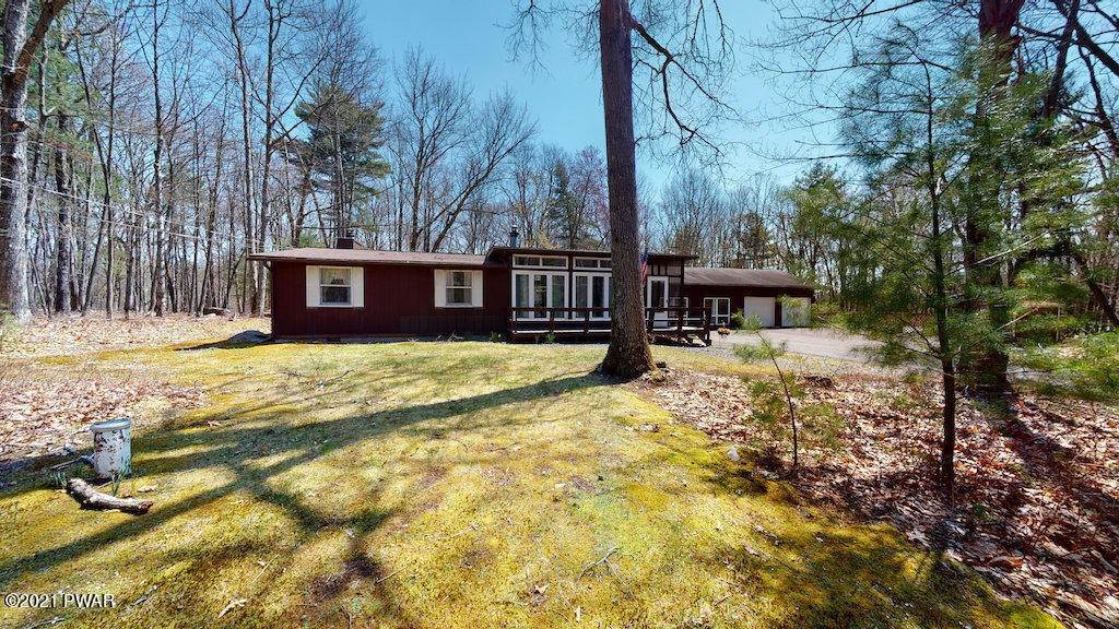 56. Single Family Homes for Sale at 210 Crane Rd Lakeville, Pennsylvania 18438 United States