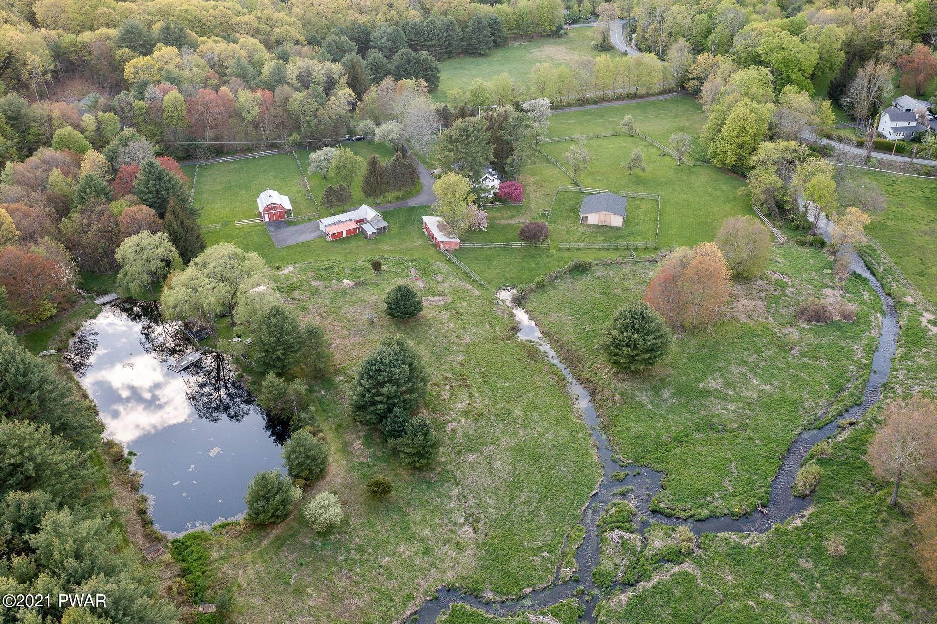 Property for Sale at 107 Chestnut Ridge Rd Dingmans Ferry, Pennsylvania 18328 United States