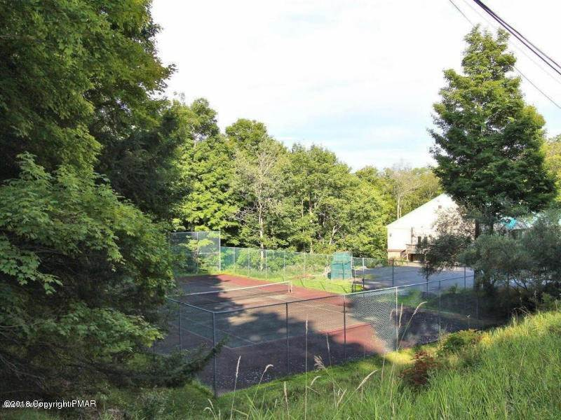4. Land for Sale at Wallenpaupack Dr Greentown, Pennsylvania 18426 United States