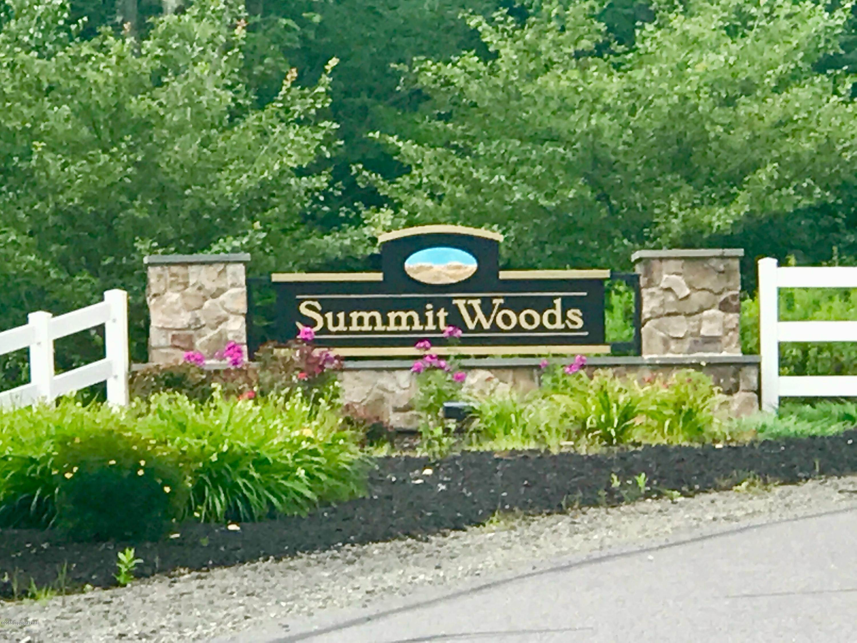 Land for Sale at Lot 106 Summit Woods Rd. Moscow, Pennsylvania 18444 United States