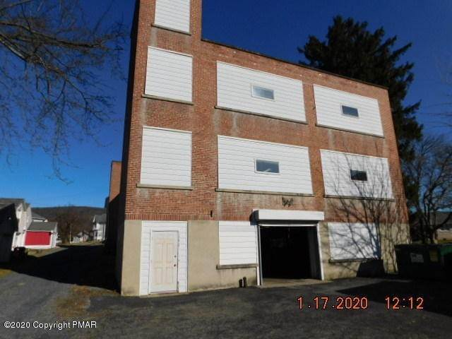 10. Commercial for Sale at 112 Park Ave Wind Gap, Pennsylvania 18091 United States