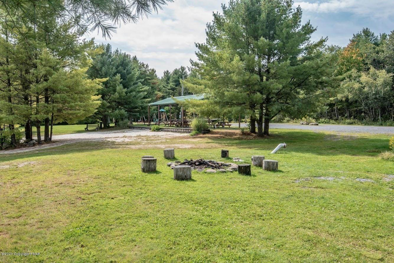 17. Land for Sale at 40 Lidio Rd Blakeslee, Pennsylvania 18610 United States