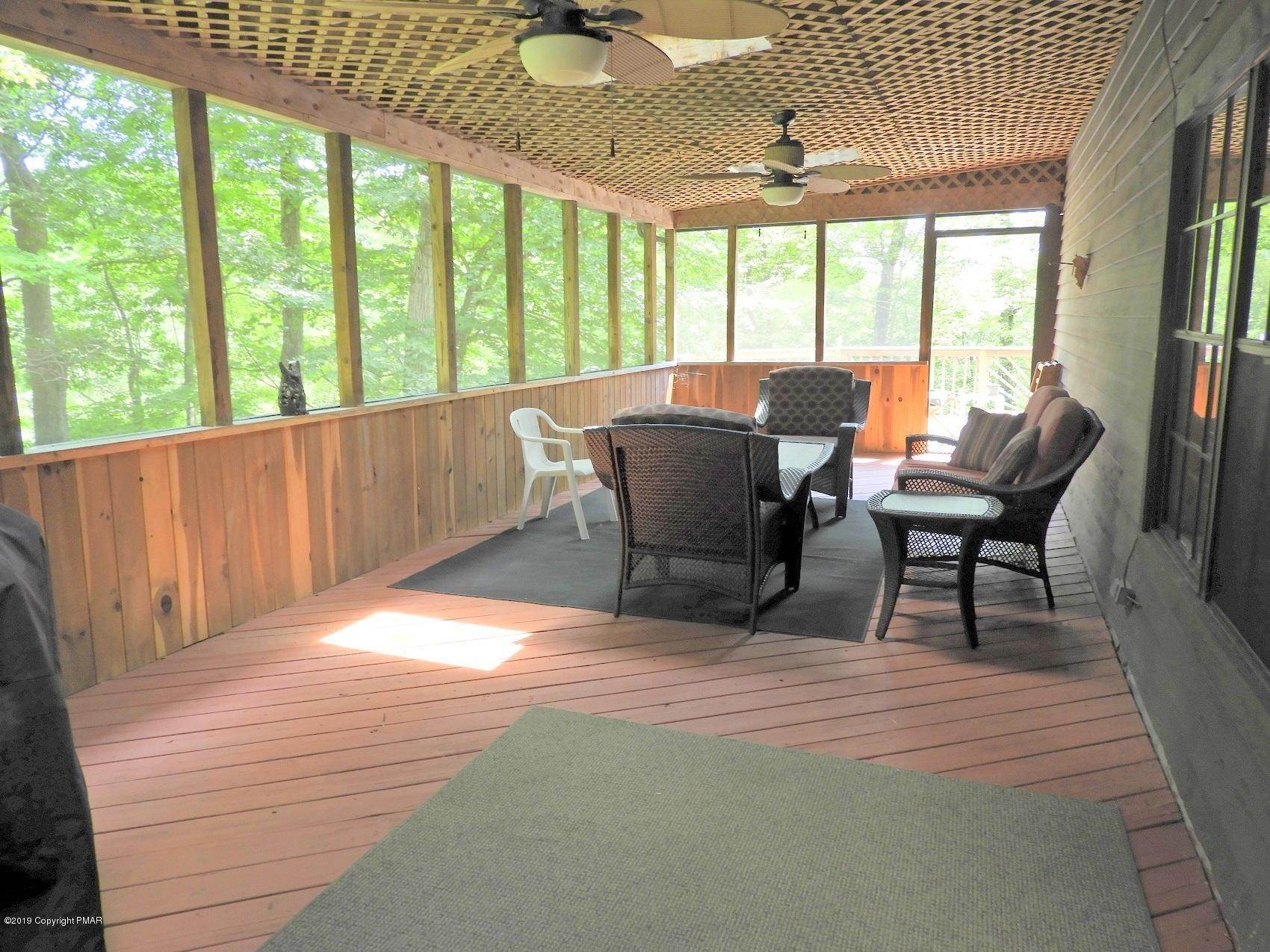 33. Single Family Homes for Sale at 5702 Route 447 Canadensis, Pennsylvania 18325 United States