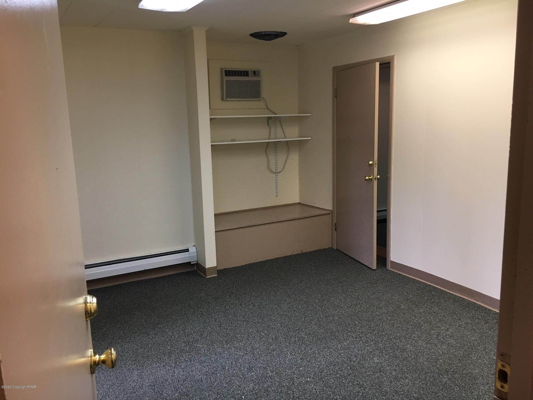 4. Commercial for Sale at 814 Monroe St Stroudsburg, Pennsylvania 18360 United States