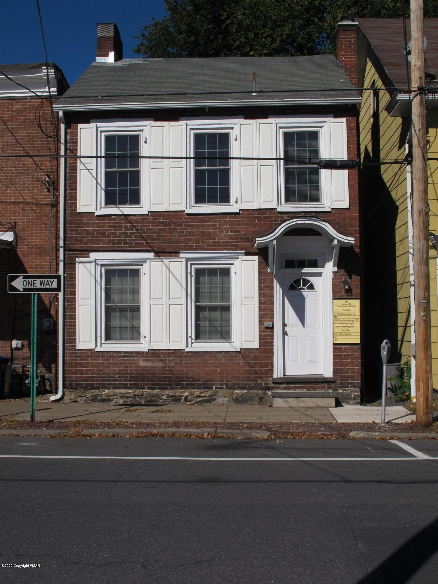 Commercial for Sale at 814 Monroe St Stroudsburg, Pennsylvania 18360 United States
