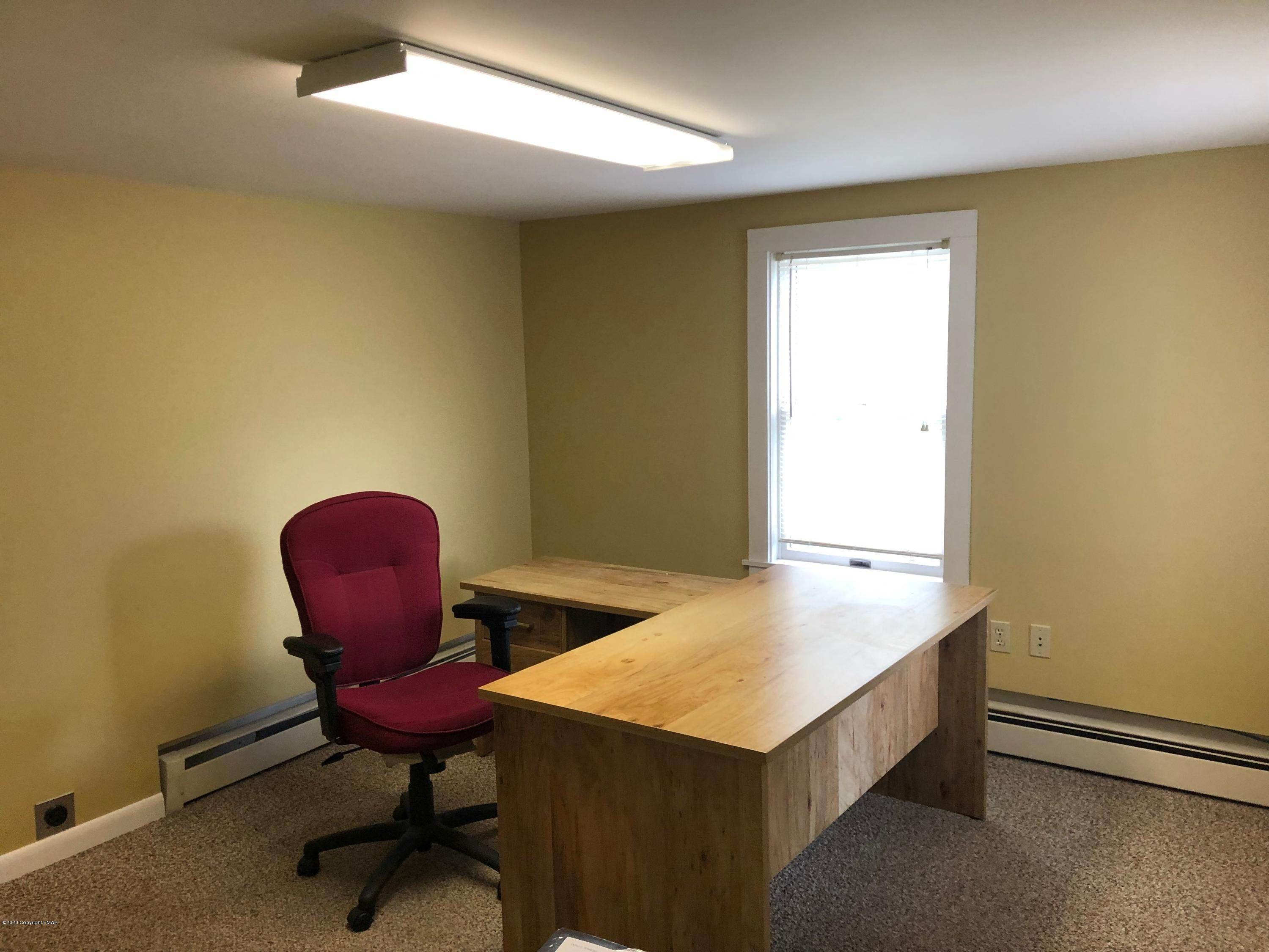 8. Commercial for Sale at 5718 Route 209 Sciota, Pennsylvania 18354 United States