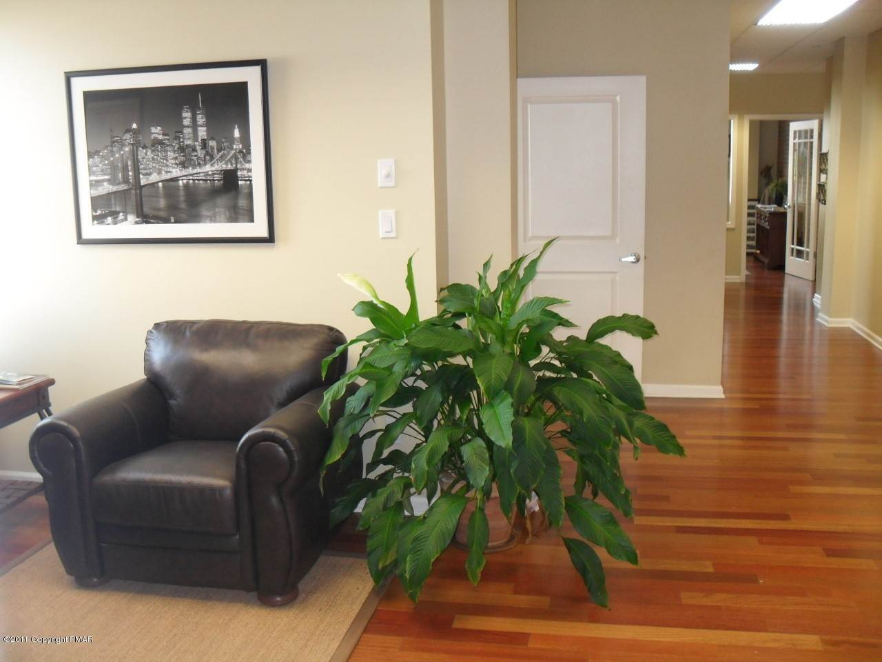 10. Commercial for Sale at 745 Main Street Suite 205 Stroudsburg, Pennsylvania 18360 United States