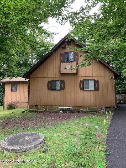 27. Single Family Homes for Sale at 9116 Idlewild Dr Tobyhanna, Pennsylvania 18466 United States