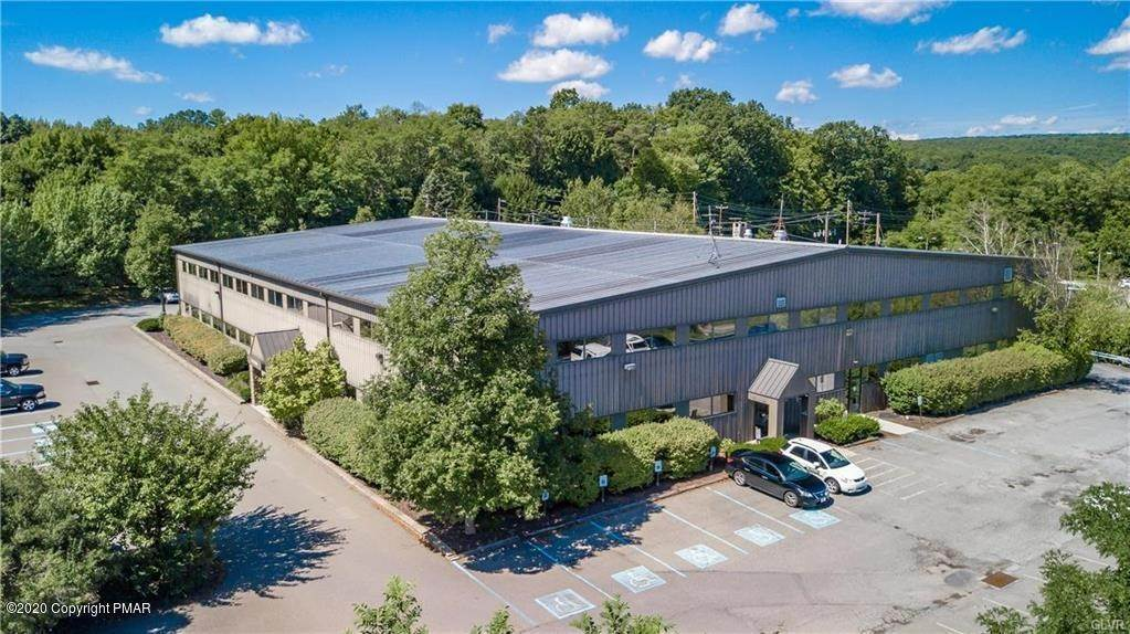 Commercial for Sale at 1008 Sand Hill Dr East Stroudsburg, Pennsylvania 18302 United States