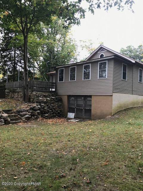 3. Single Family Homes for Sale at 8945 Twin Lake Dr Kunkletown, Pennsylvania 18058 United States