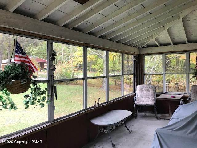14. Single Family Homes for Sale at 8945 Twin Lake Dr Kunkletown, Pennsylvania 18058 United States
