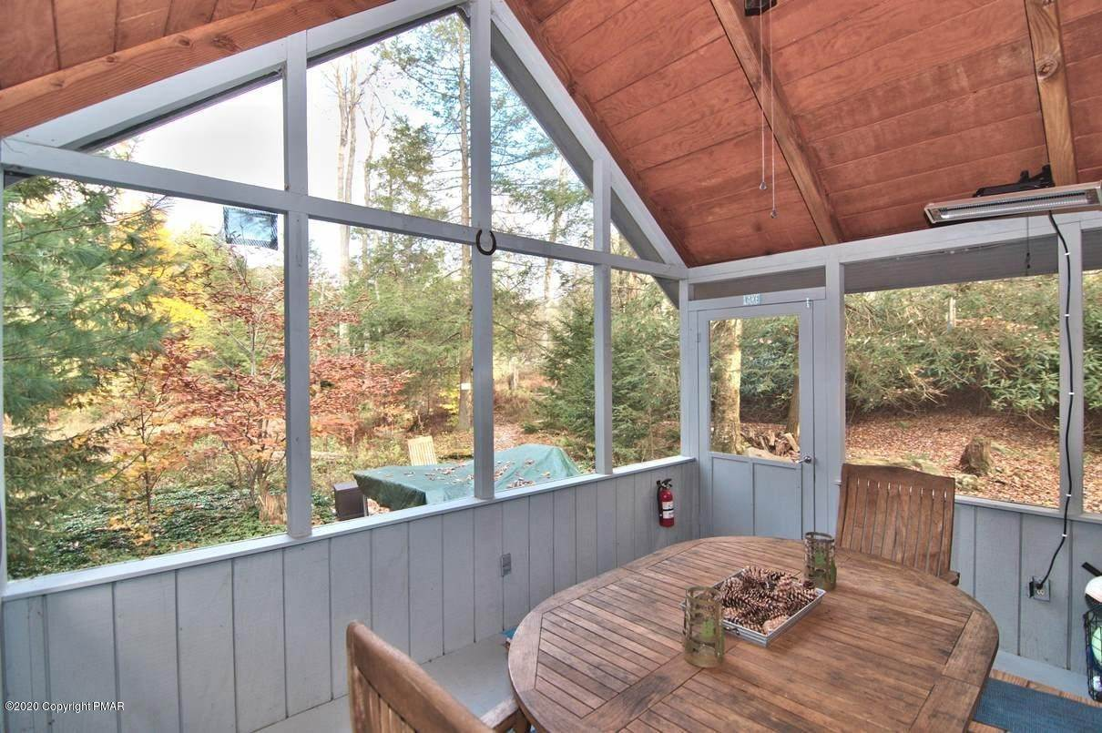 81. Single Family Homes for Sale at 120 Mooncreek Ln Pocono Pines, Pennsylvania 18350 United States