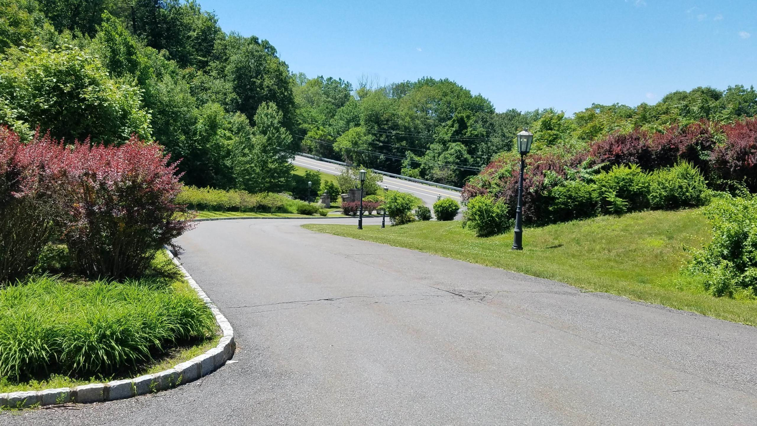 5. Land for Sale at Lot V8 Godfrey's Gate Stroudsburg, Pennsylvania 18360 United States