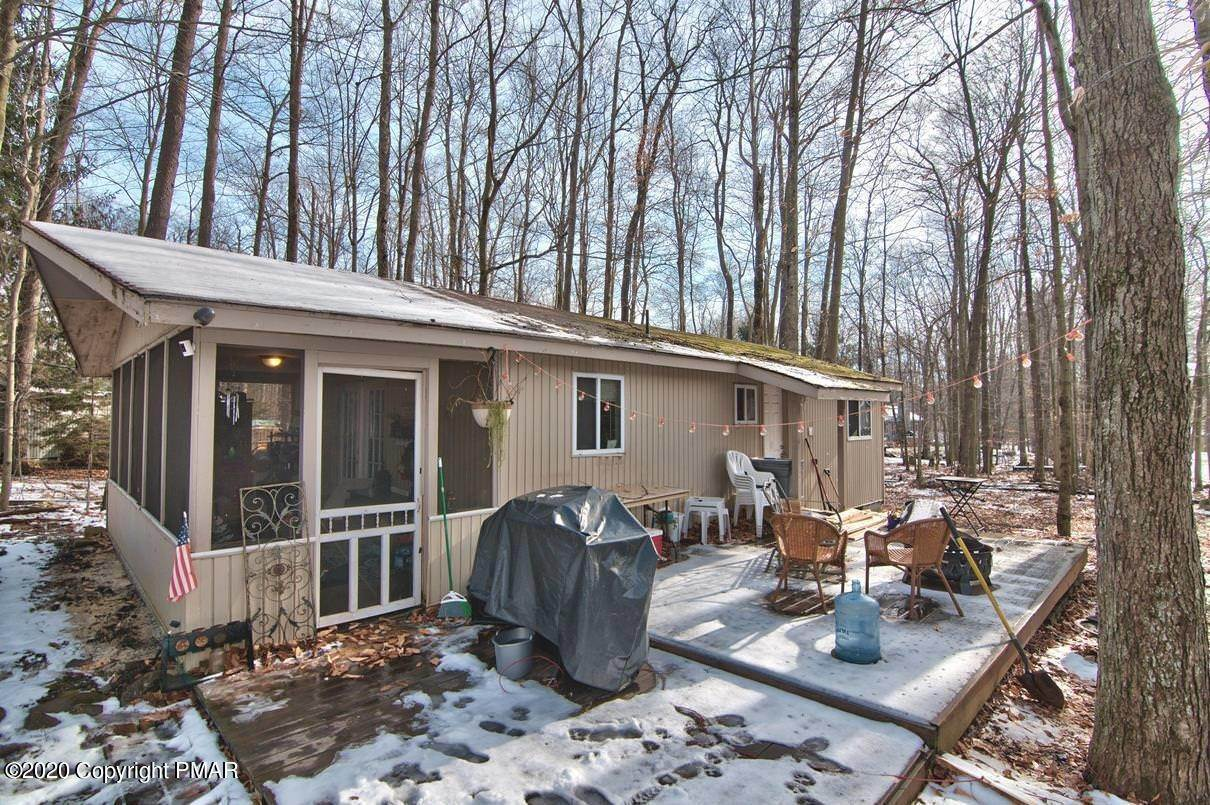 31. Single Family Homes for Sale at 154 Gross Drive Pocono Pines, Pennsylvania 18350 United States