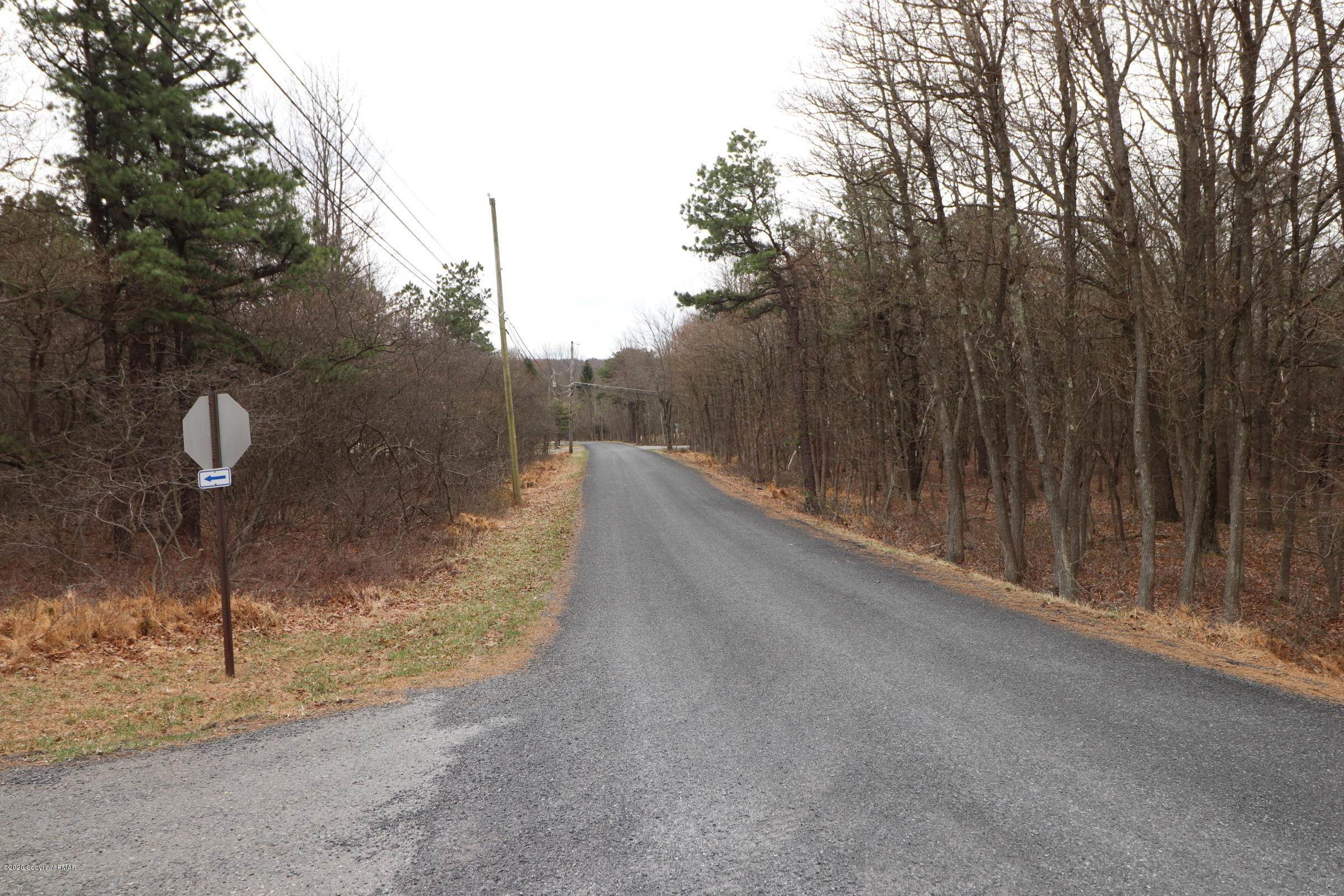 9. Land for Sale at Maccauley Road & Berryman Ln Albrightsville, Pennsylvania 18229 United States