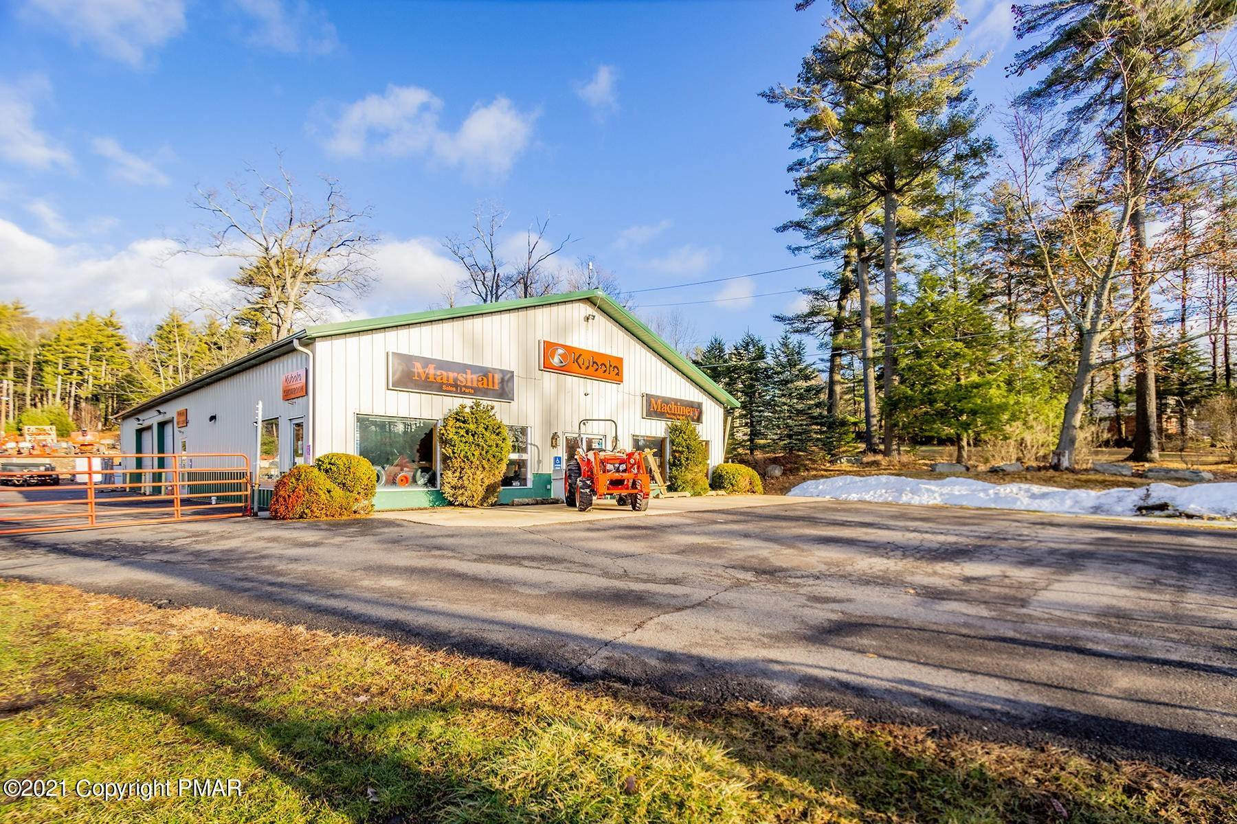 13. Commercial for Sale at 1819 Route 611 Mount Pocono, Pennsylvania 18344 United States