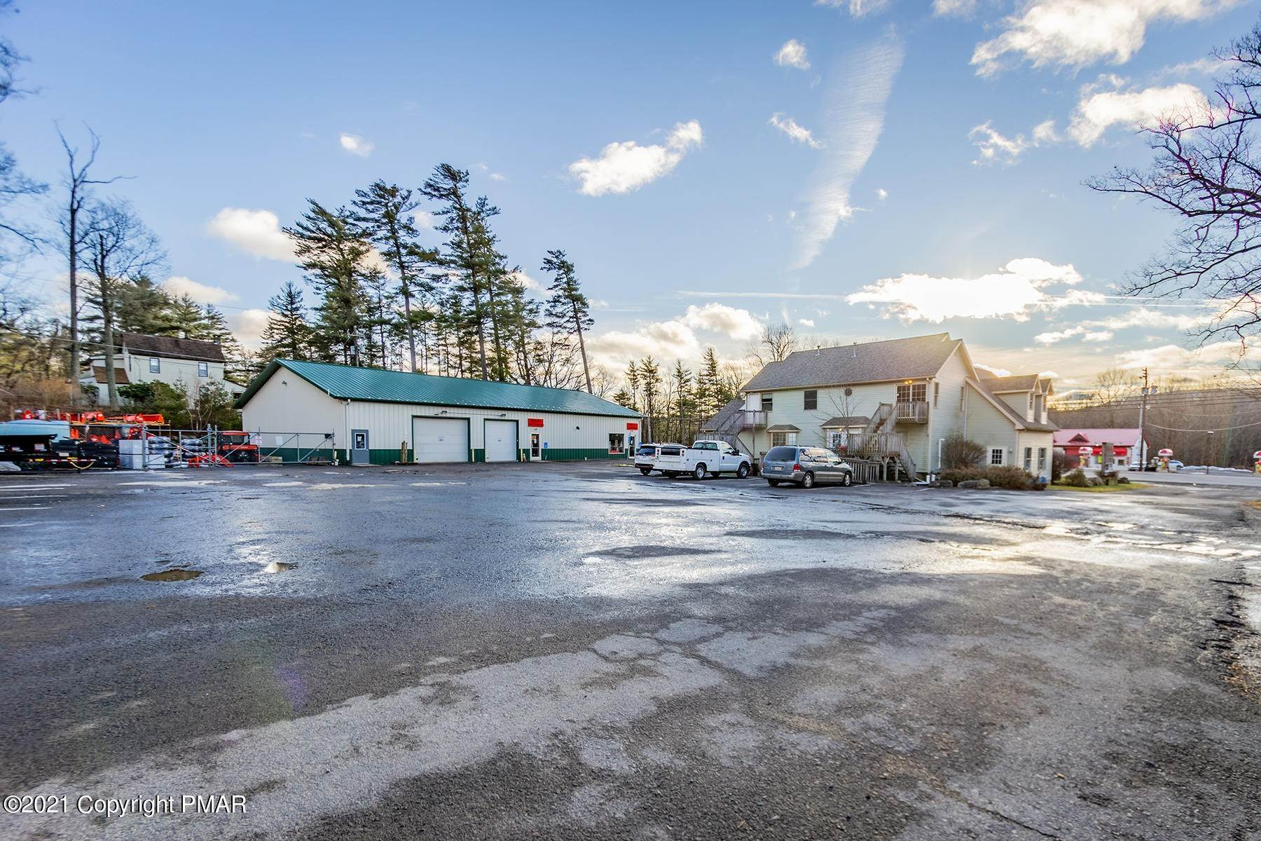 75. Commercial for Sale at 1819 Route 611 Mount Pocono, Pennsylvania 18344 United States