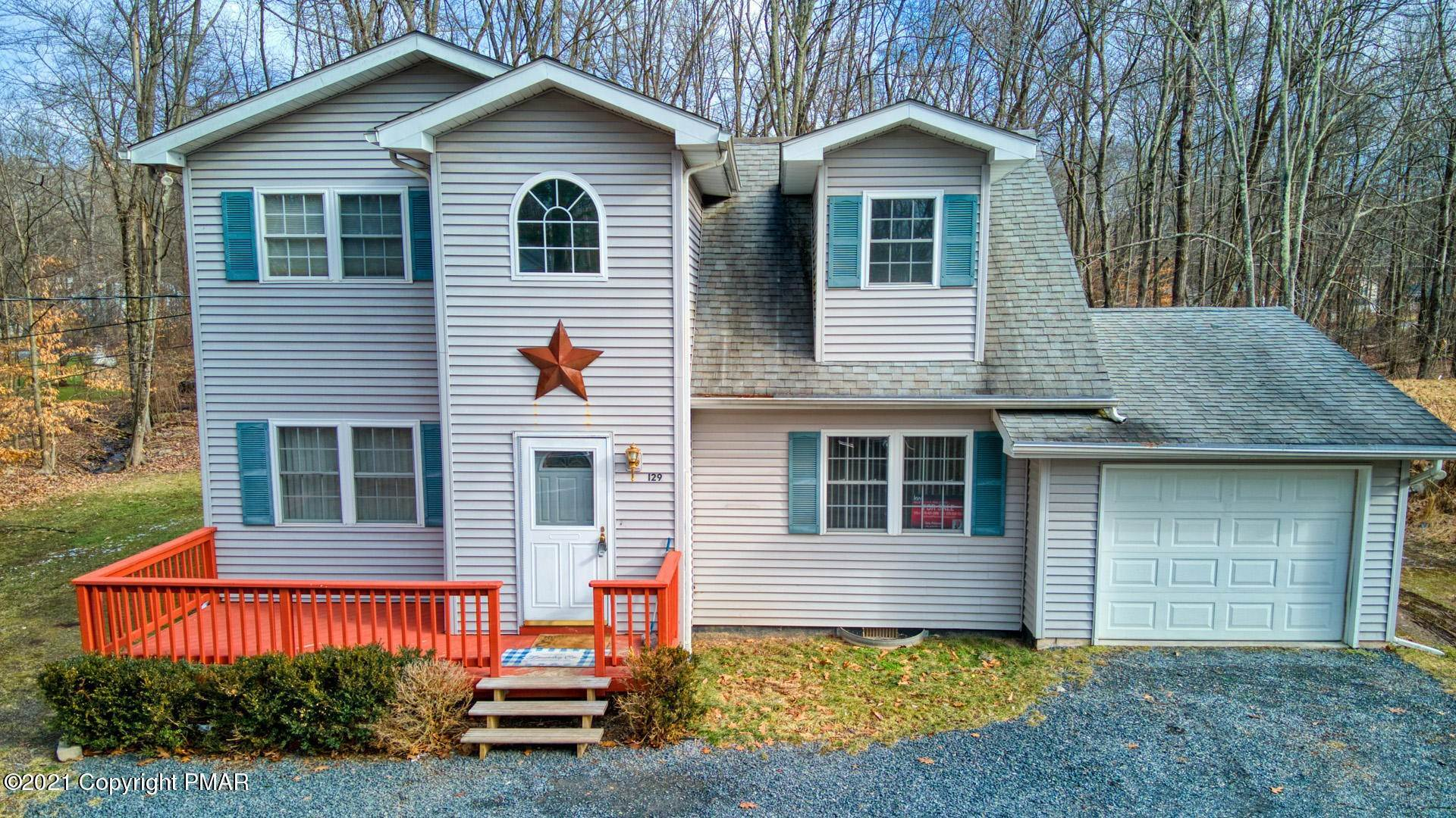 Single Family Homes for Sale at 129 Michelle Ln Bartonsville, Pennsylvania 18321 United States