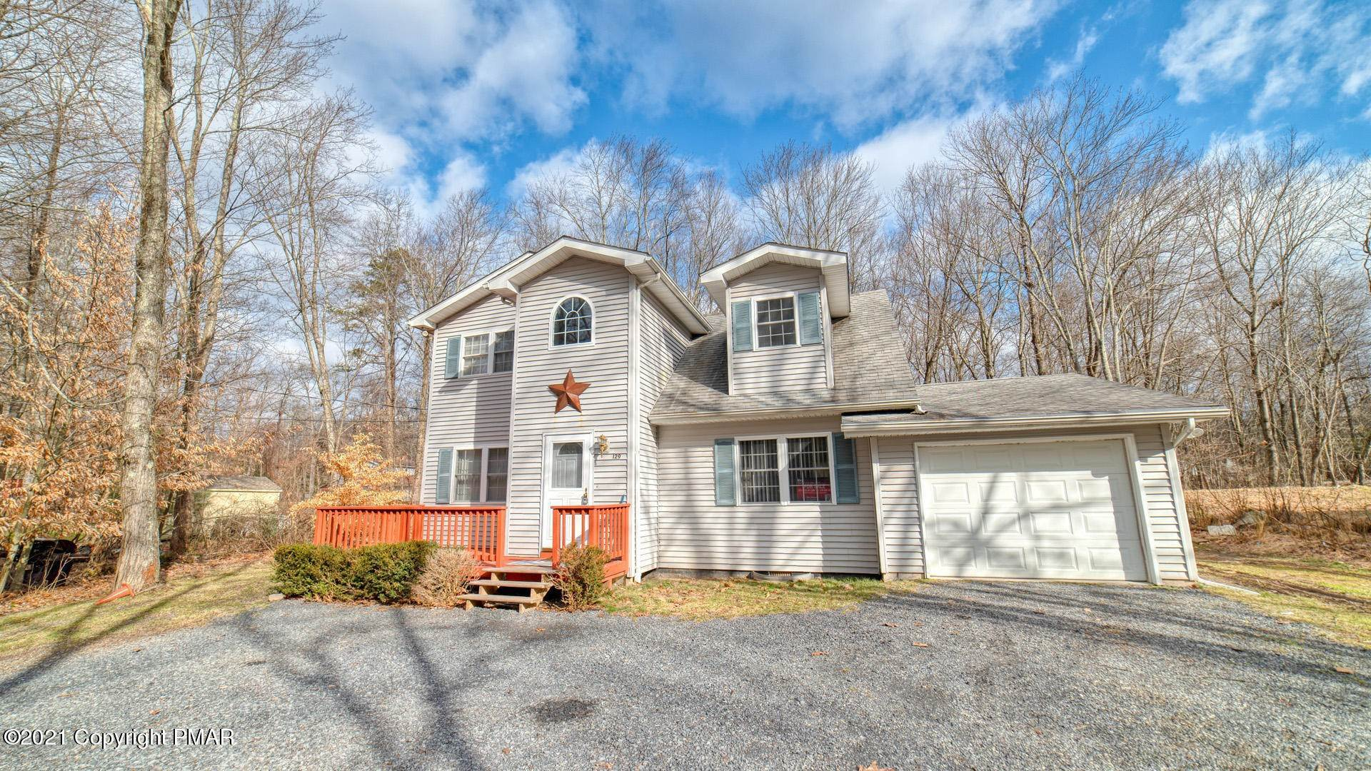12. Single Family Homes for Sale at 129 Michelle Ln Bartonsville, Pennsylvania 18321 United States