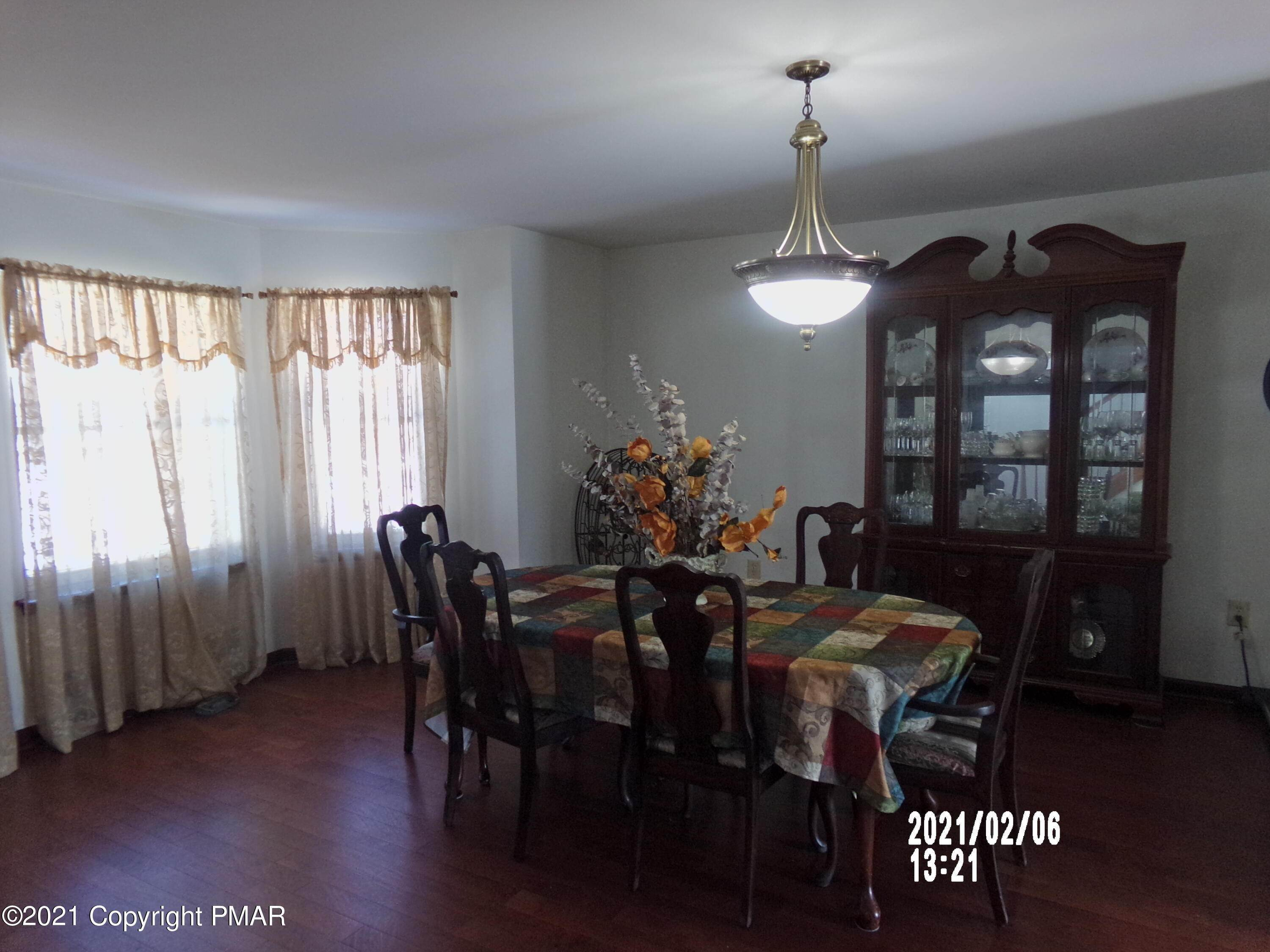 3. Single Family Homes for Sale at 55 Talbot Ln Albrightsville, Pennsylvania 18210 United States