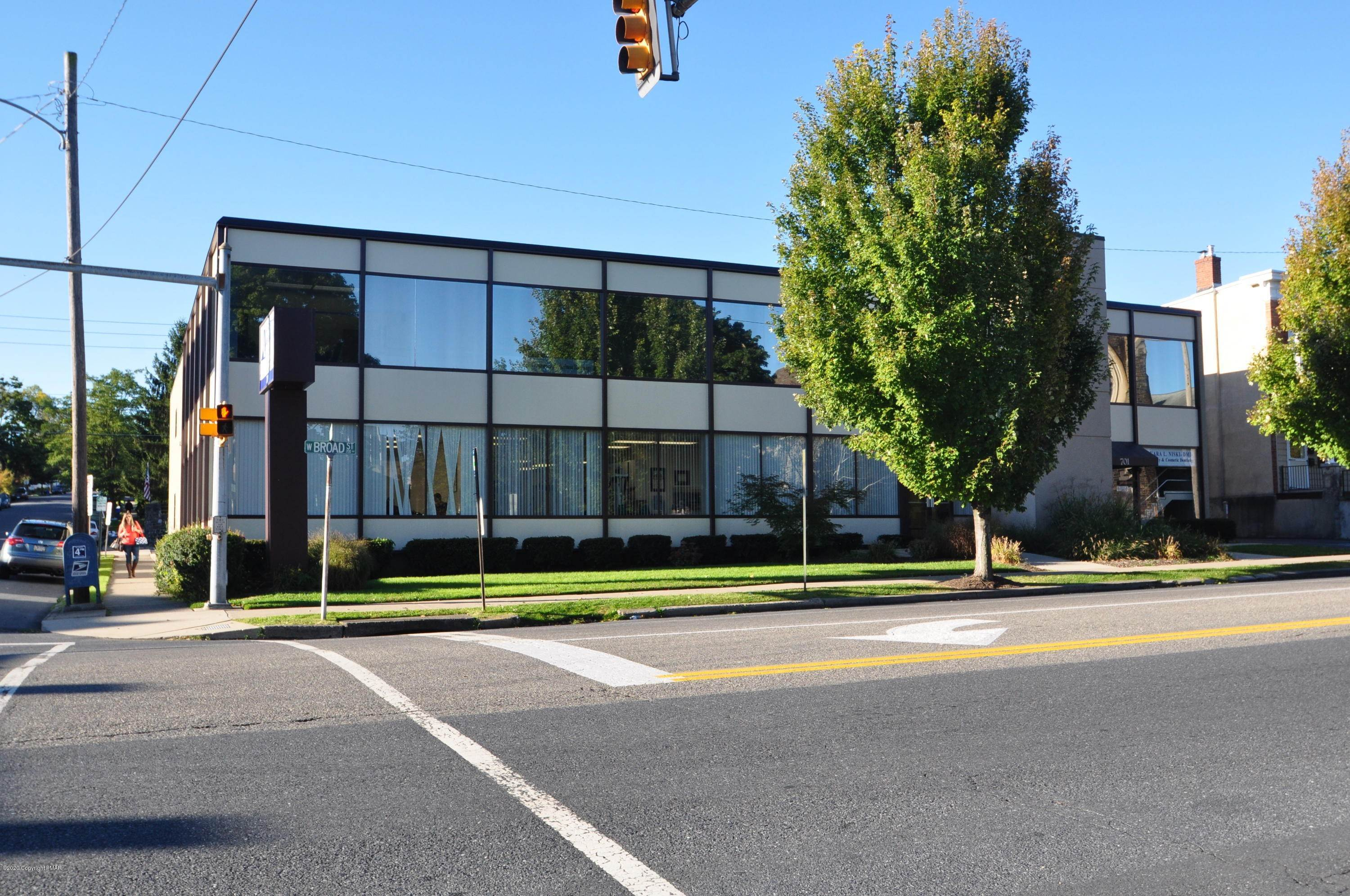 Commercial for Sale at 701 W Broad St Suite 201 Bethlehem, Pennsylvania 18018 United States